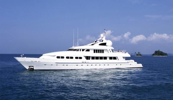 Luxe Motor Yacht