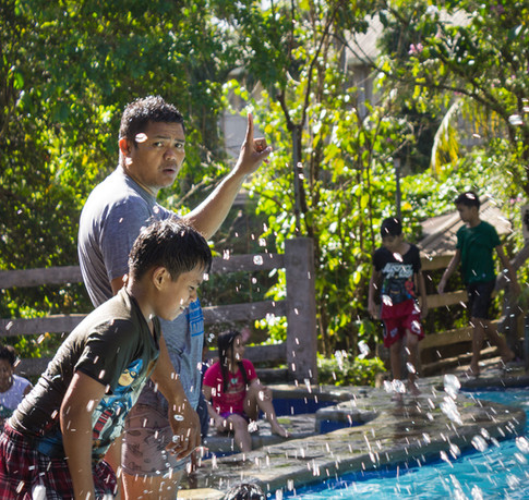 Coach training kids to swim bungad biluso Silang Cavite