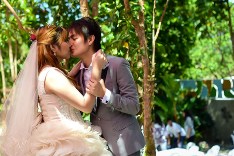 bungad biluso wedding kiss