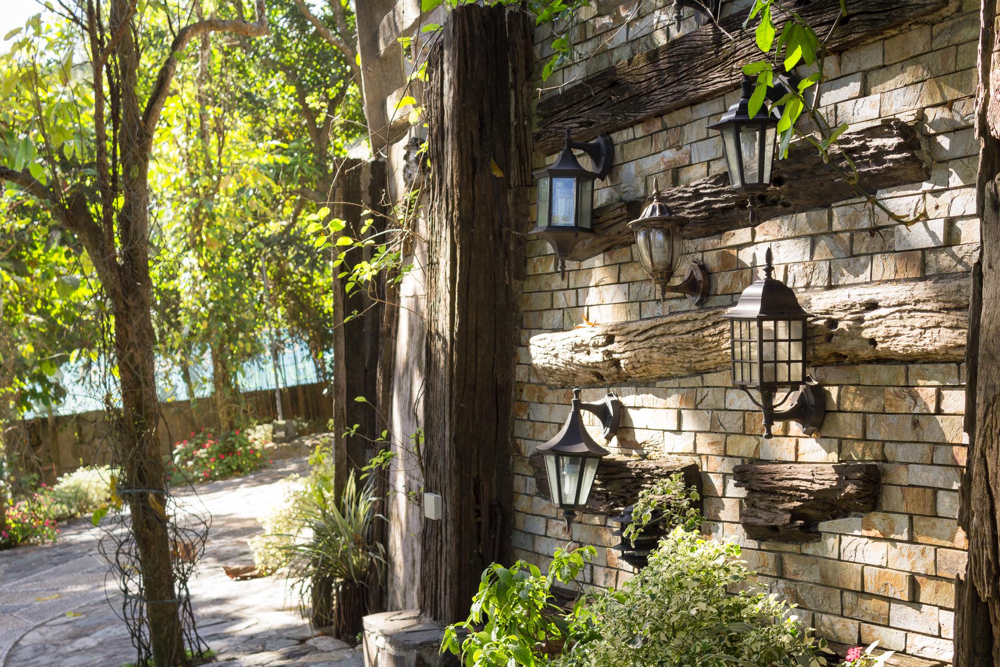 Entrada lamps design bungad biluso