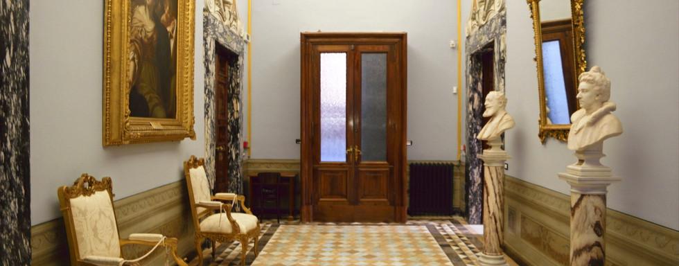 Ernesta Besso entrance