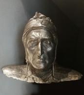 Busto di Dante in bronzo