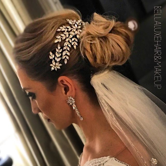 🔥🔥🔥 Hair by Christina for _bellaluxehairandmakeup_keywest #keywesthair #keywestwedding #bridalgla