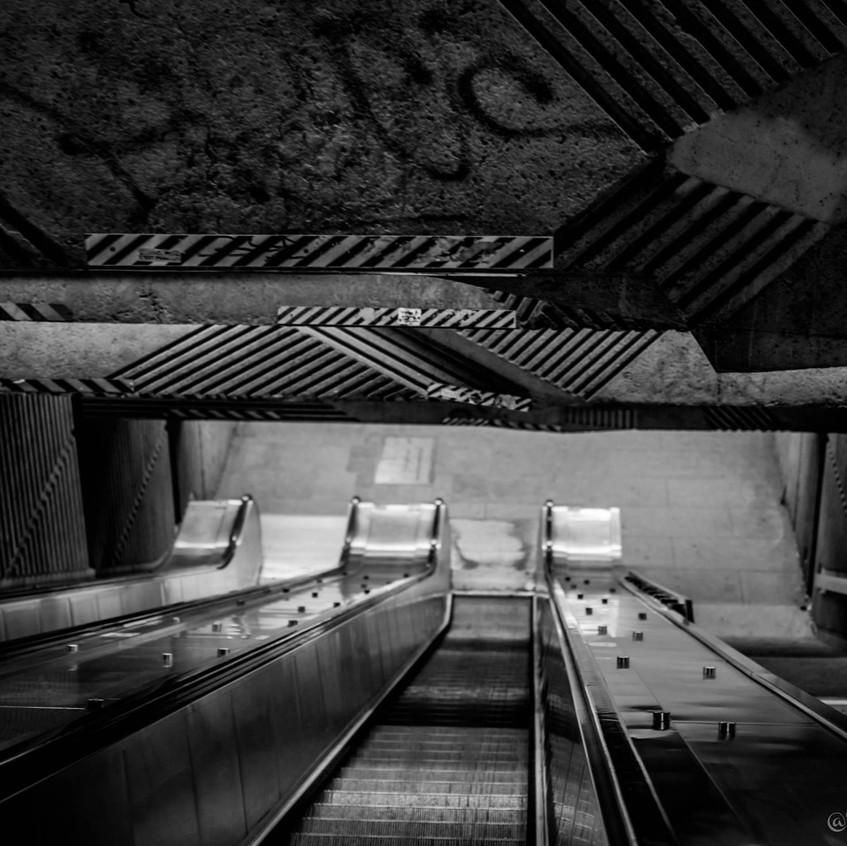 StreetViewAnnie -01-Metro