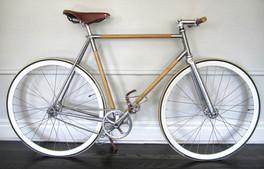 Le vélo en bois de Guyon