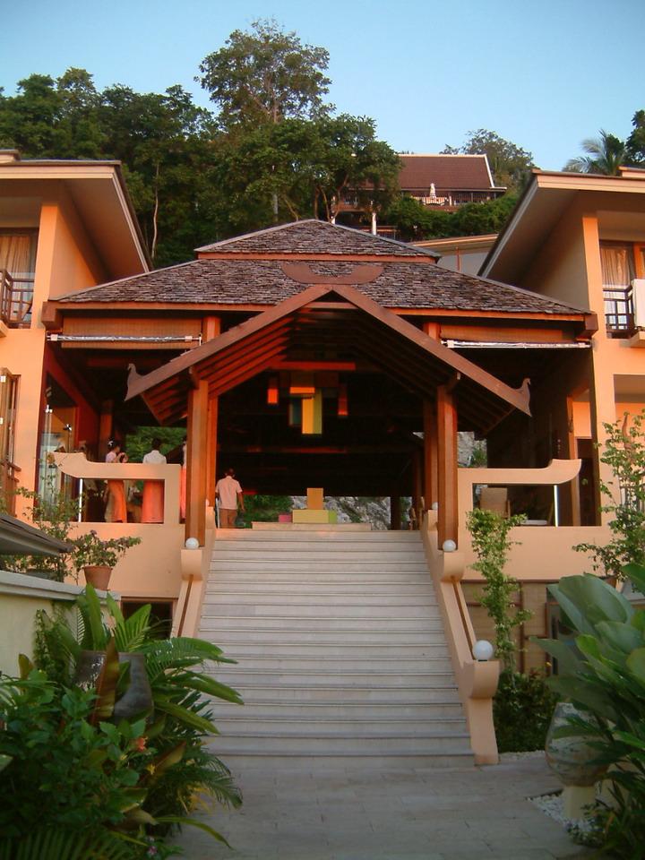 Sabai Sunset Resort