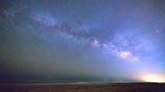 Milkyway Rising over the Ocean   Time Lapse