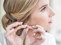 Lauren Bracke make-up artist.jpg