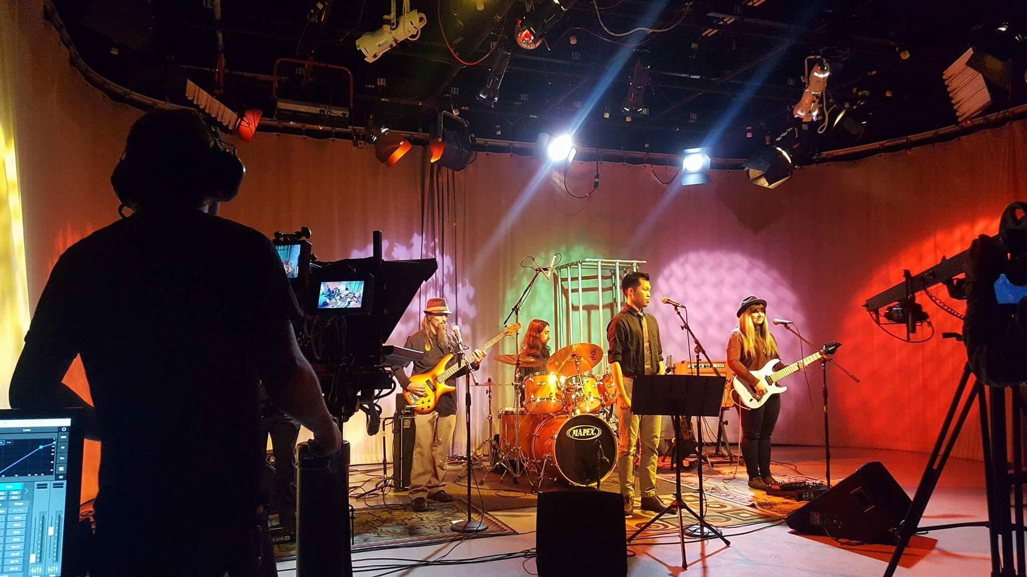 COP live on KMVT