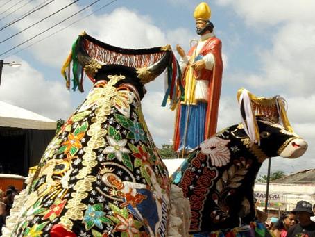 São Marçal de Limoges, bispo, em São Luís, aquele que encerra a festança