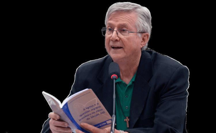"""""""Nosso Regional Nordeste 5 está mais pobre.  O consolo é o termos como intercessor  junto de Deus"""""""