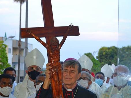 Dom Valentim de Meneses toma posse como bispo da Diocese de Balsas