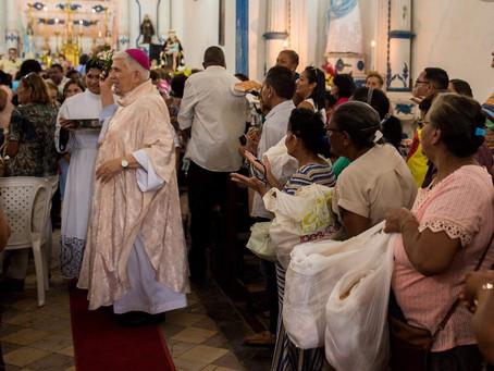 Arcebispo segue em recuperação em hospital da capital