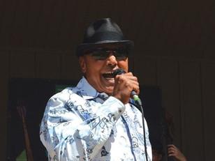 Colin Hunter brings the show to Niagara Falls Jazz Festival.....