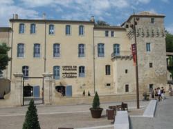 PEZENAS-Hotel Peyrat-Office du Tourisme.
