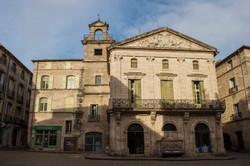 Place Gambetta Pézenas