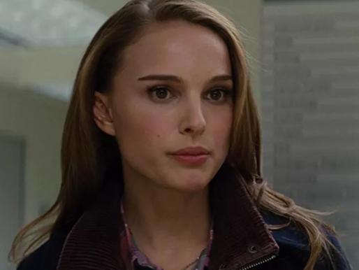 Natalie Portman atiça fãs ao falar sobre seus poderes em 'Thor: Amor e Trovão'