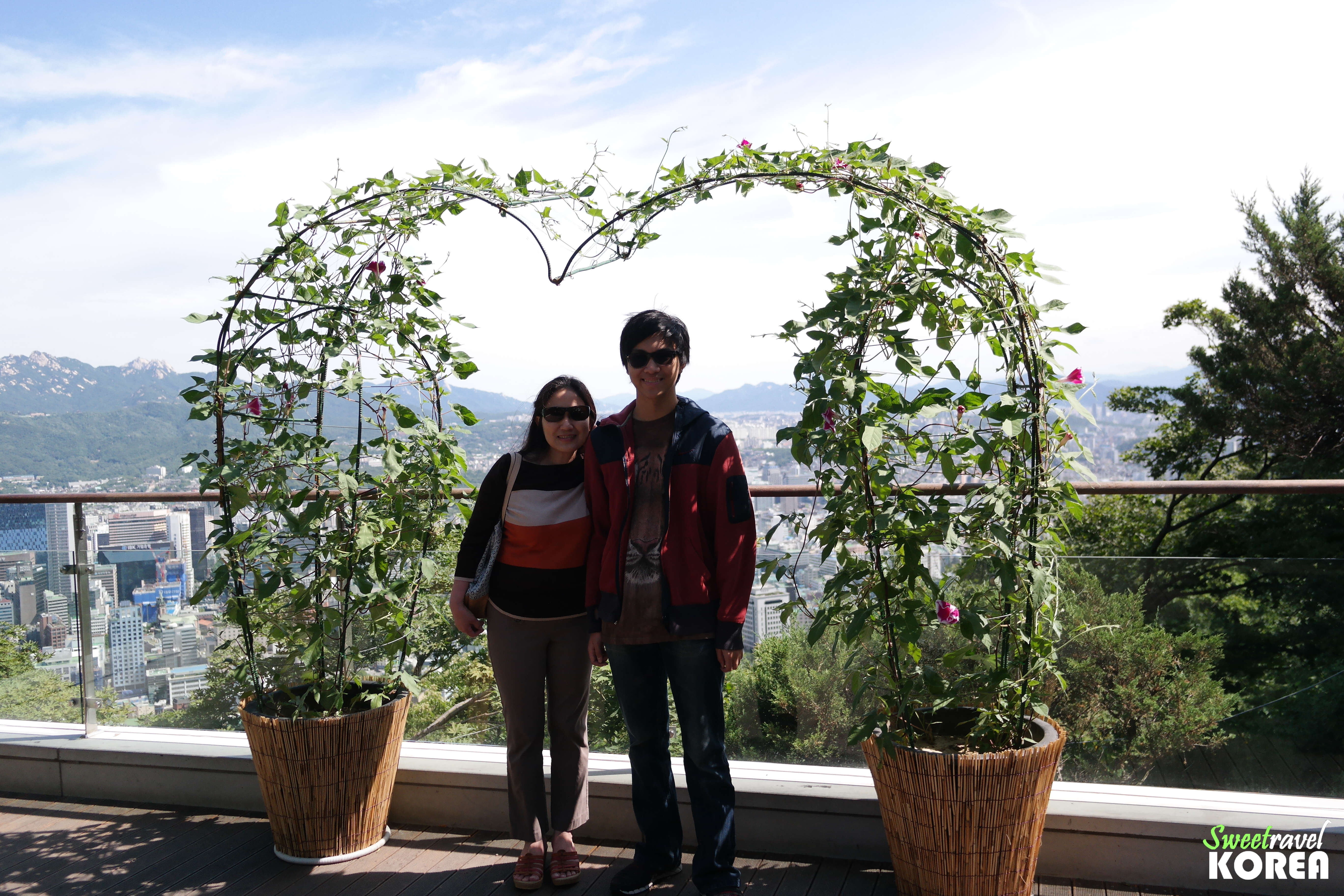 Korea-free-and-easy-N-seoul-tower7.JPG