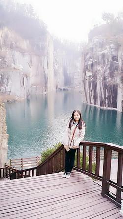 KoreaFreeandEasy-Pochen-Art-Valley-Singaporean (1).jpg