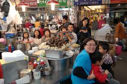 Hongkong-Korean Traditional Market.JPG