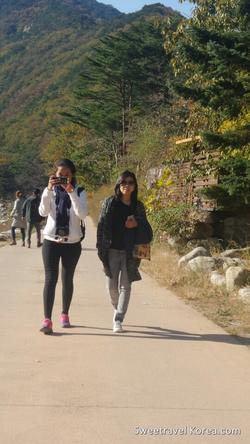 2015-10-29-Philippines - Seoraksan hiking tour-3.png