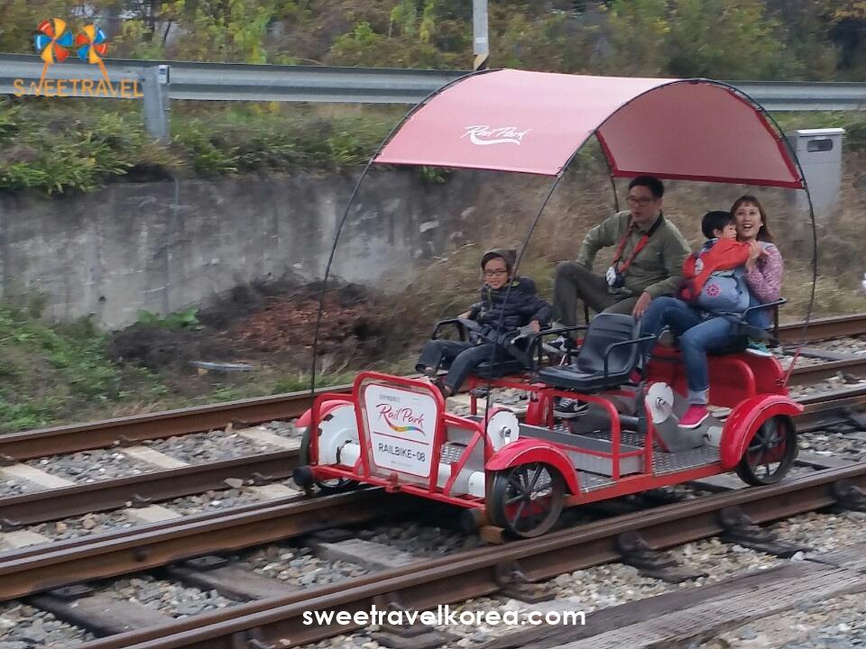 Singapore-Rail Bike2.jpg