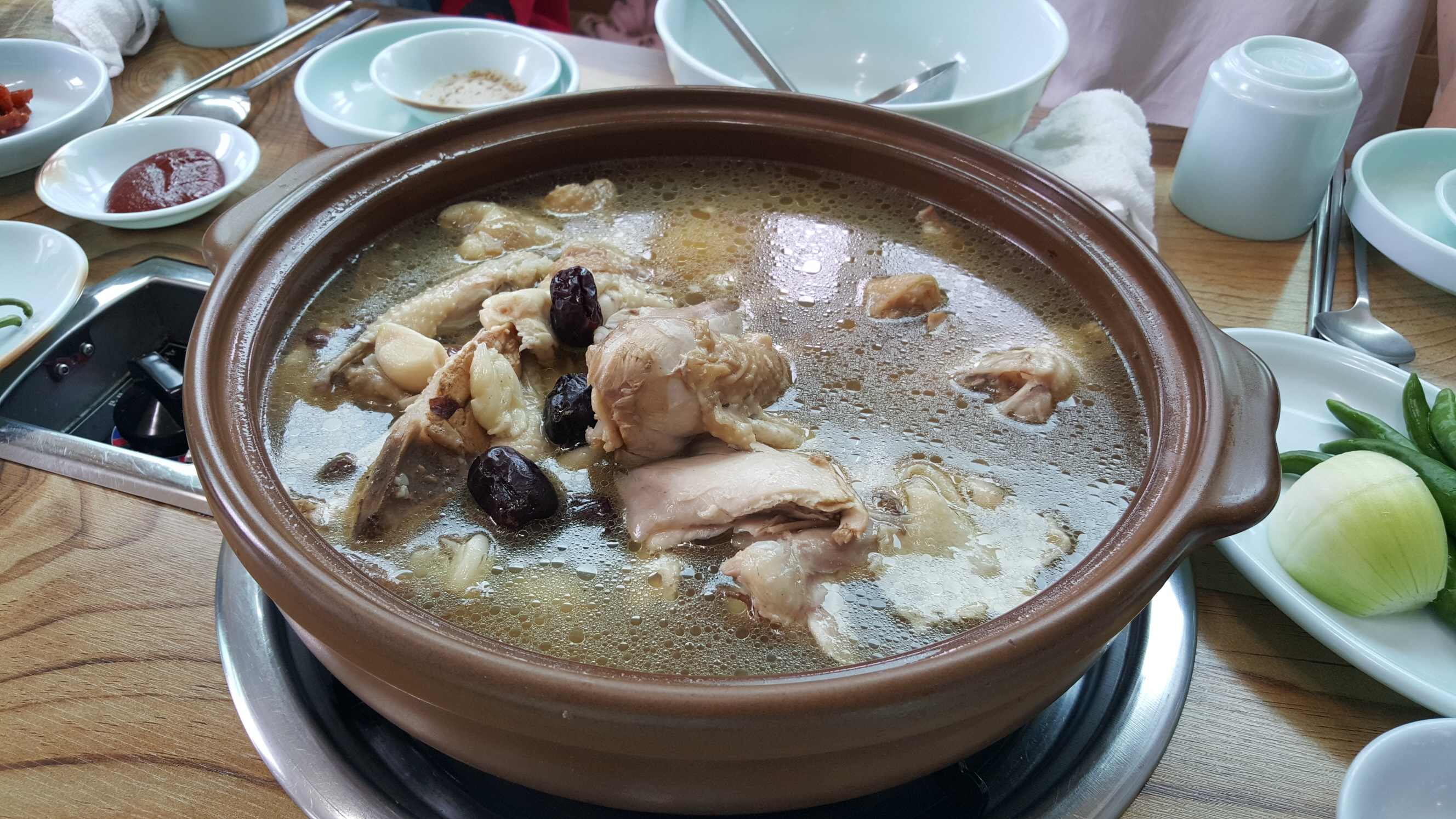 resized_singapore-2015-september-Anseong-samgyetang.jpg