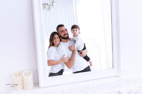 סטודיו ישראל יונייב- צילומי משפחה בסטודי
