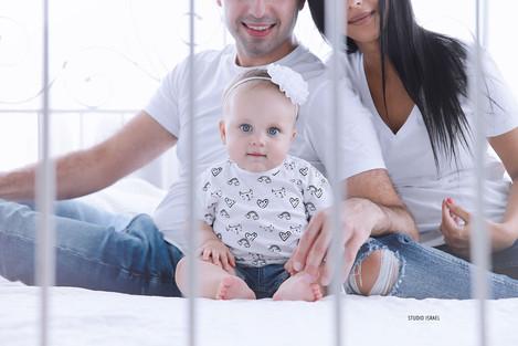סטודיו ישראל - צילומי משפחה בסטודיו 082.