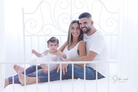 סטודיו ישראל - צילומי משפחה בסטודיו 095.
