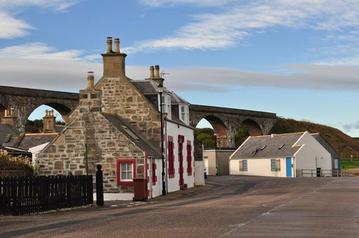 The picturesque village of Cullen.jpg