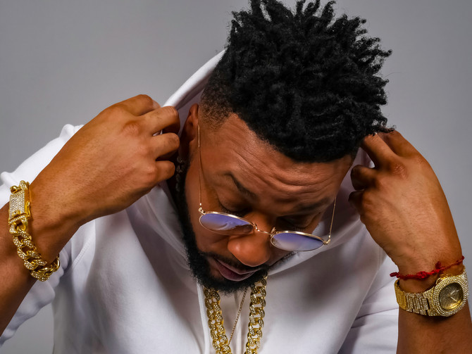 CAN'T GET ENOUGH / ONE-ON-ONE with R&B Artist DRU