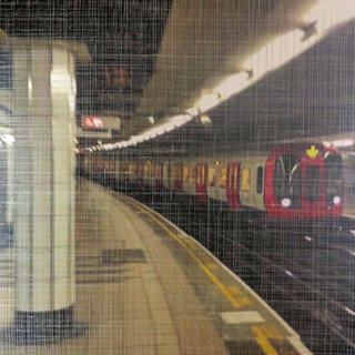 LONDON SUBWAY 3