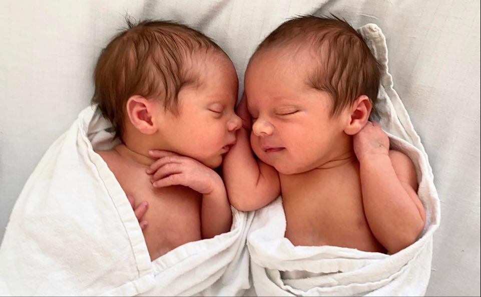 Julias tvillingfødsel i seteleie