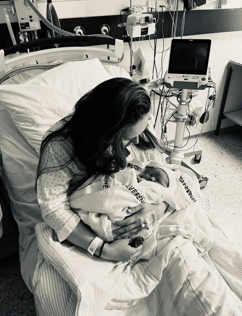 Kajas positive andre fødsel
