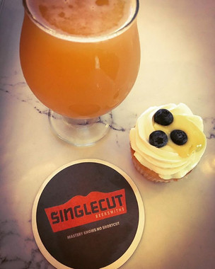 Sometimes you meet the one, so this Singlecut DDH Bon Bon 2xTNT DIPA meets a Citrus IPA Cupcake, Passionfruit Curd, Italian Meringue