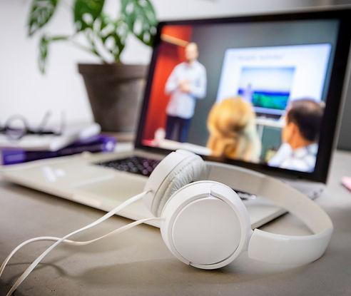 Yritysvalmennus tunneilmasto johtaminen tyoelama tunnetaidot