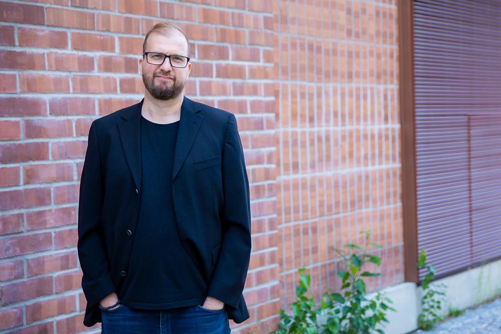 Julle Takanen kertoo oman tarinansa Emergy tunnetaitovalmentaja