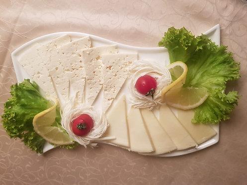 Ассорти домашних сыров 250 гр