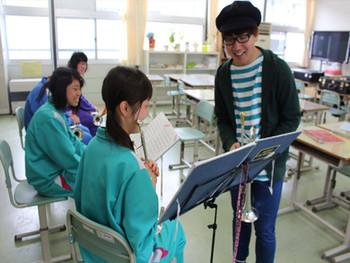大槌学園での吹奏楽指導