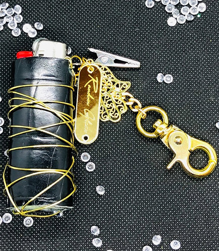 Interchangeable lighter holder key chain with roach clip