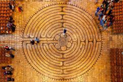 chartres labyrinth.jpg