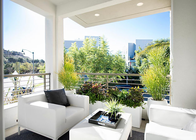 studio blu inc, balcony furniture, modern balcony, white furniture, Playa vista interior designer