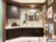 bathroom Playa vista, missoni towels,fur rug, brown wall paper
