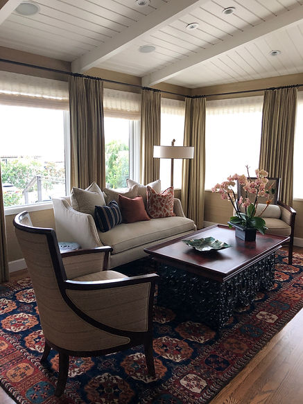 Studio Blu Inc, Kravet Sofa, Ralph Lauren Rug, Conrad Shades, Century Coffee table, tounge and groove ceiling, Manhattan beach interior designer, Sea grass wall paper, Traditional home, Warm autumn colorway, sitting room
