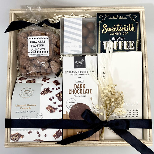 Sweet Canadian Snacks (Box)