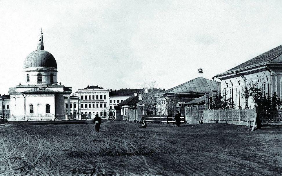 Вид с Никольского проспекта