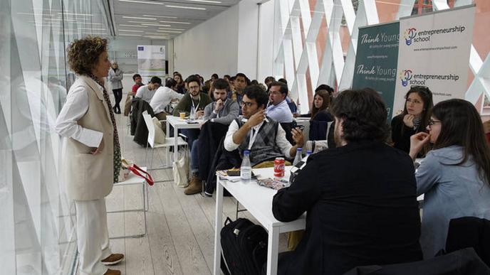 La CEC, Inescop, Fice y ThinkYoung promueven las oportunidades en calzado sostenible entre los más j