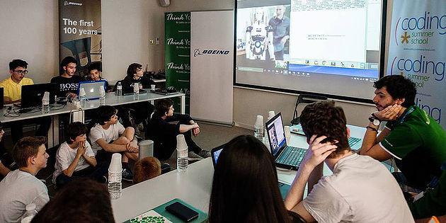 Succès pour la première coding school à Bruxelles - La Libre Belgique