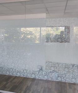 מדבקות מעוצבות לעיצוב זכוכוית